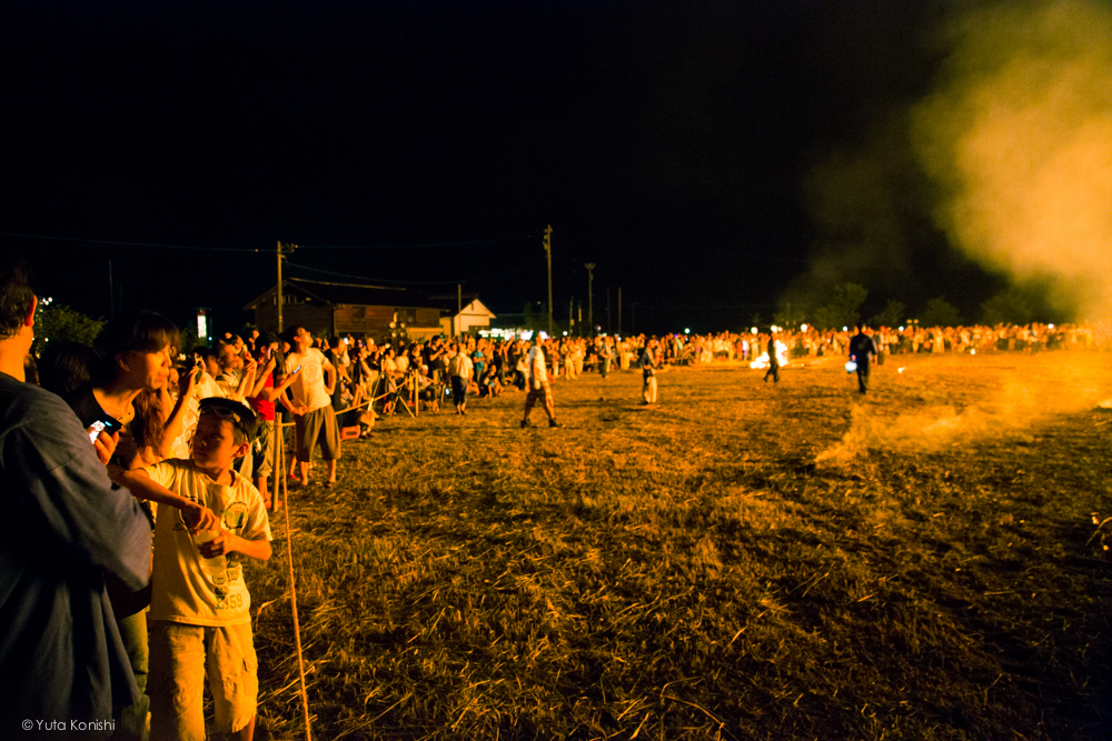 もゆるたいまつ - 石川県能登島向田(こうだ)の火祭