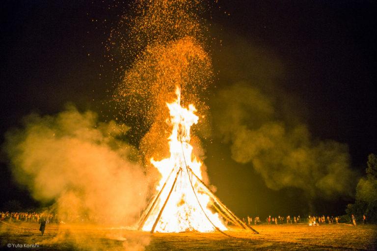 向田の火祭り(石川県 能登島) 北陸最大の火祭り (2013年夏 7月27日〜28日)