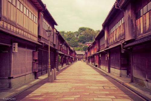 ひがし茶屋街 金沢観光では必ず訪れて欲しい風情残る場所「ひがし茶屋街」の歴史