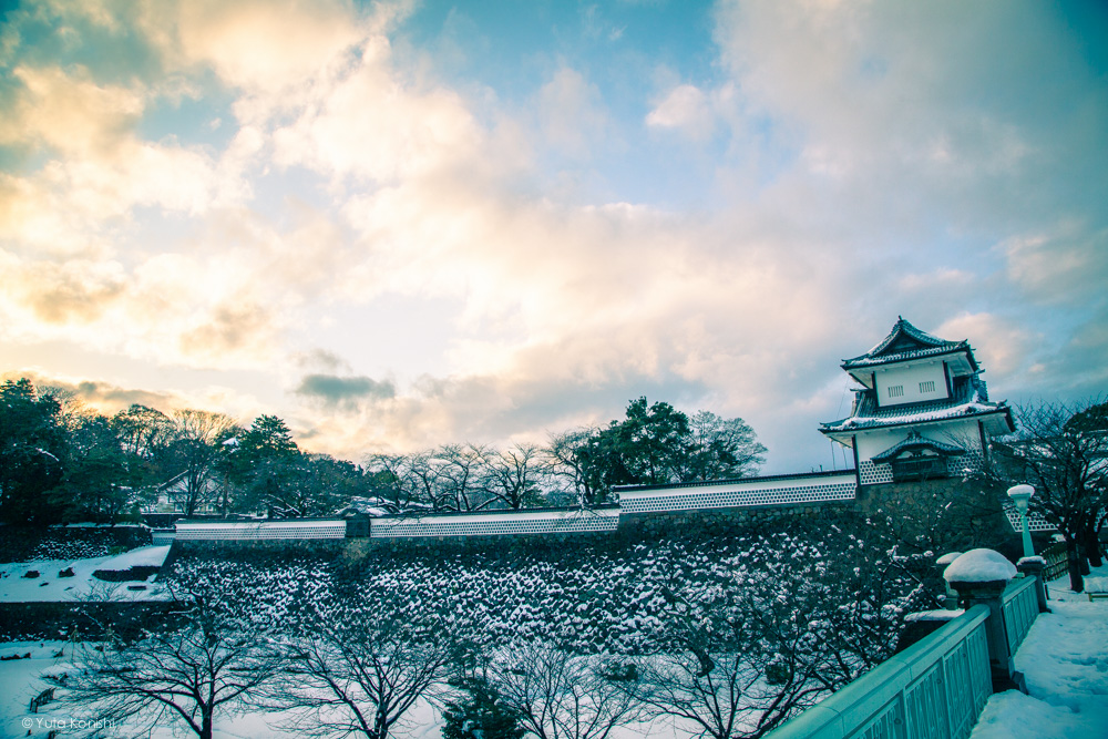 冬の石川門