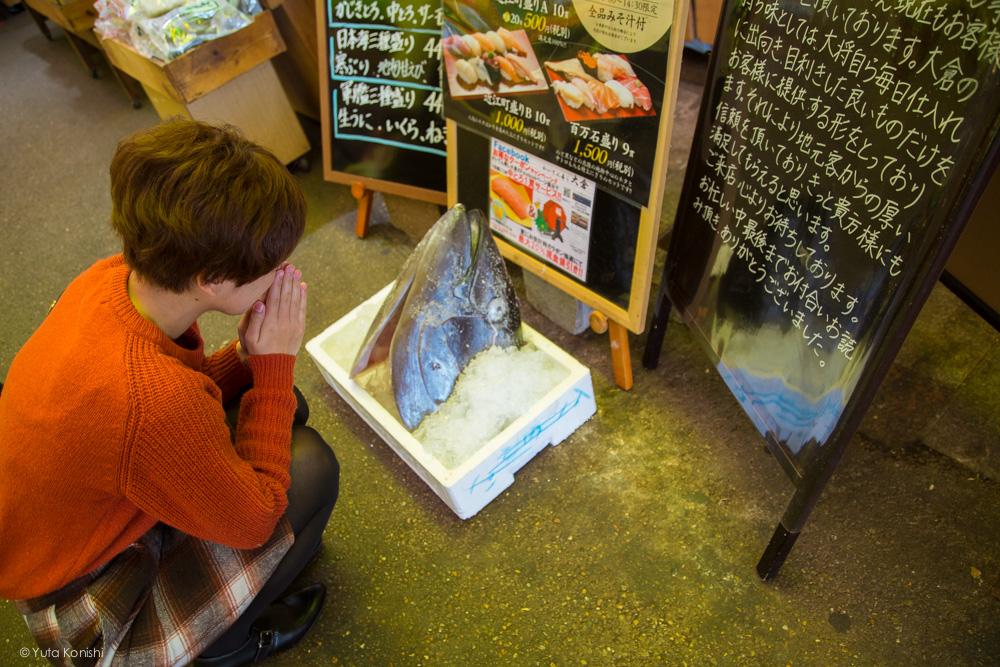 近江町市場ゆりりん衝撃 金沢周遊バスで周る金沢観光マニュアル!金沢観光アイドル「ゆりりん」とバスで金沢を紹介します!