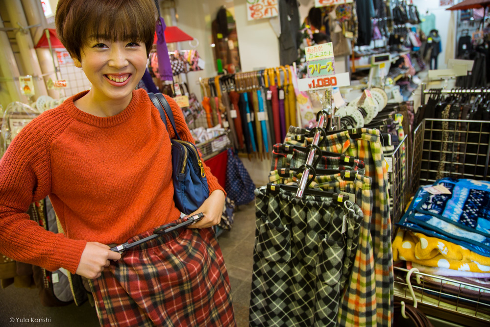 ゆりりんとオーミスーパー 金沢周遊バスで周る金沢観光マニュアル!金沢観光アイドル「ゆりりん」とバスで金沢を紹介します!
