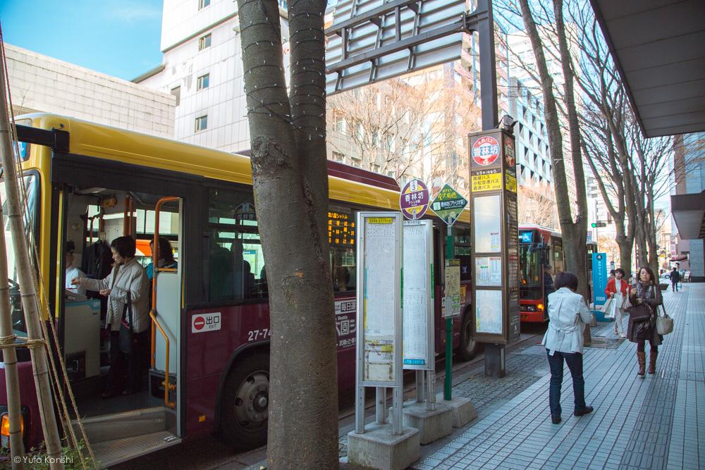 香林坊バス停 金沢周遊バスで周る金沢観光マニュアル!金沢観光アイドル「ゆりりん」とバスで金沢を紹介します!