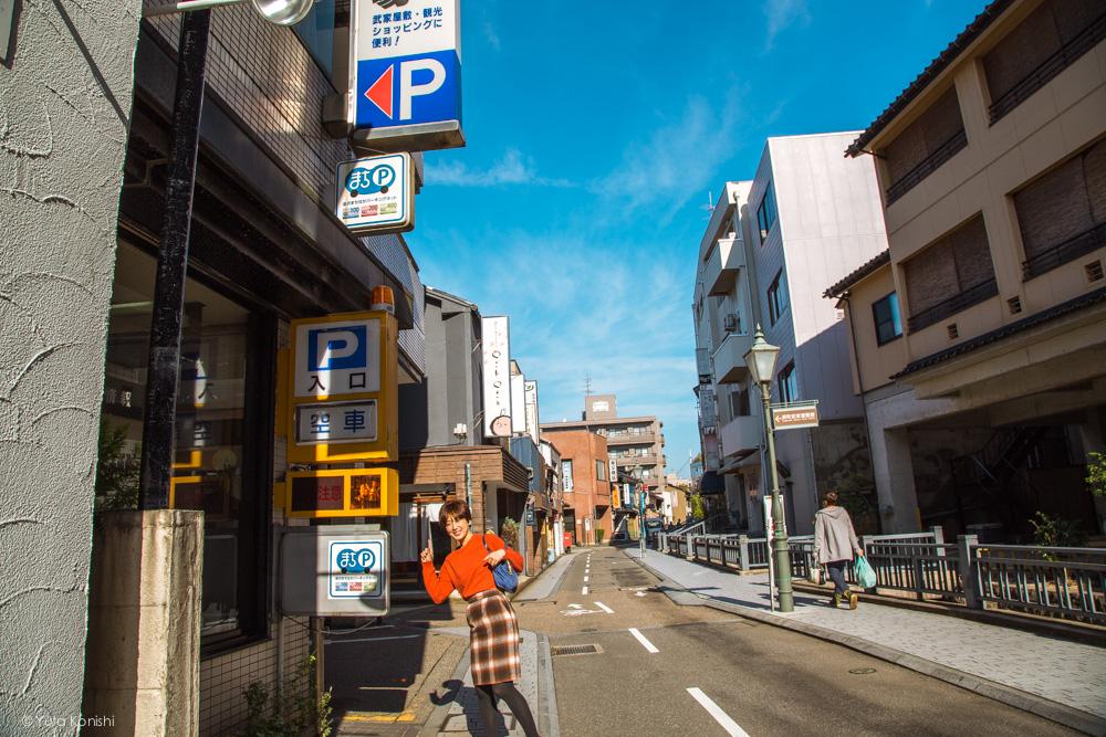 北川不動産左折ゆりりん 金沢周遊バスで周る金沢観光マニュアル!金沢観光アイドル「ゆりりん」とバスで金沢を紹介します!
