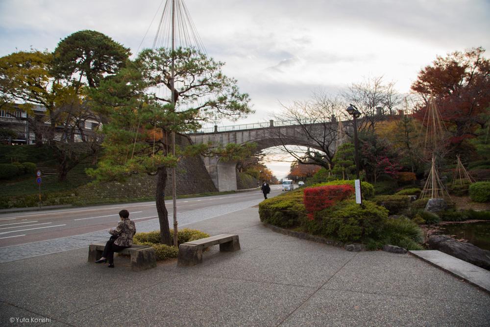 兼六園下 金沢周遊バスで周る金沢観光マニュアル!金沢の観光アイドル「ゆりりん」とバスで金沢を紹介します!