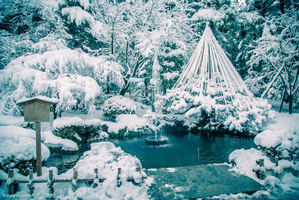真夏だからこそ真冬の兼六園を感じていただきます2015夏!一気に気温が5度は下がるからwwww