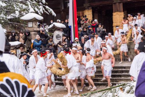 金沢市民絶対知らない!加賀市大聖寺の竹割り祭り!まじで流血する大迫力の祭り!毎年必ず2月10日開催!とりあえず行け!