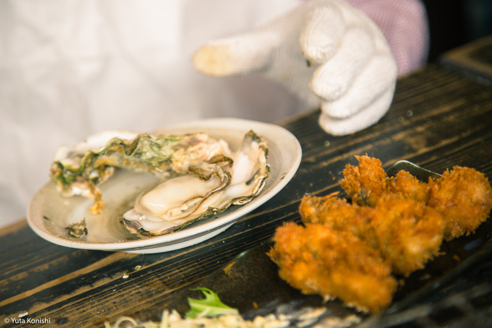 能登最強の牡蠣の店「牡蠣処 海」これ以上混んでは困るが紹介したい!船からテーブルまでほぼ直通の牡蠣はうまいに決まっている。